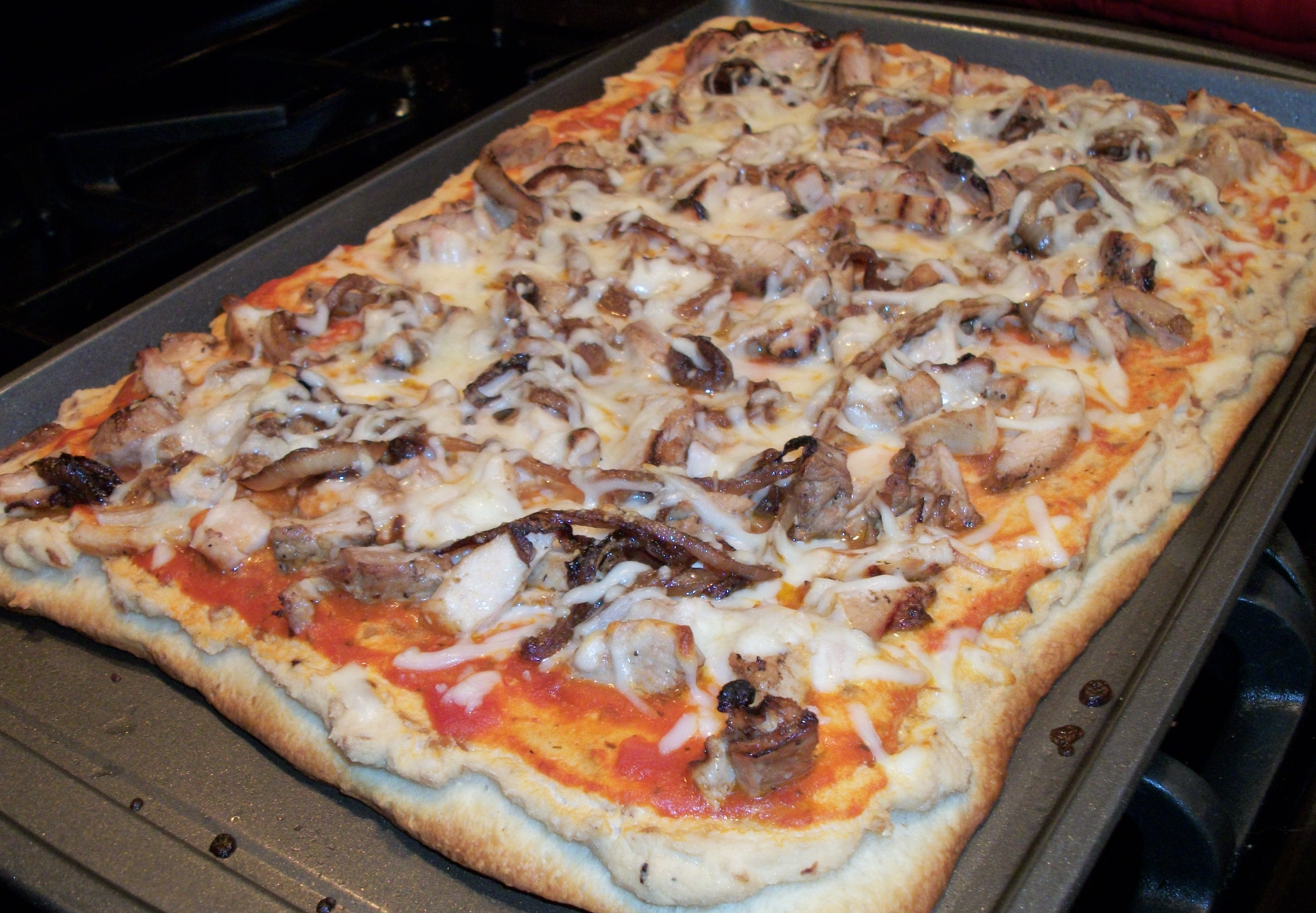 Fresh from the Oven Balsamic Chicken Pizza