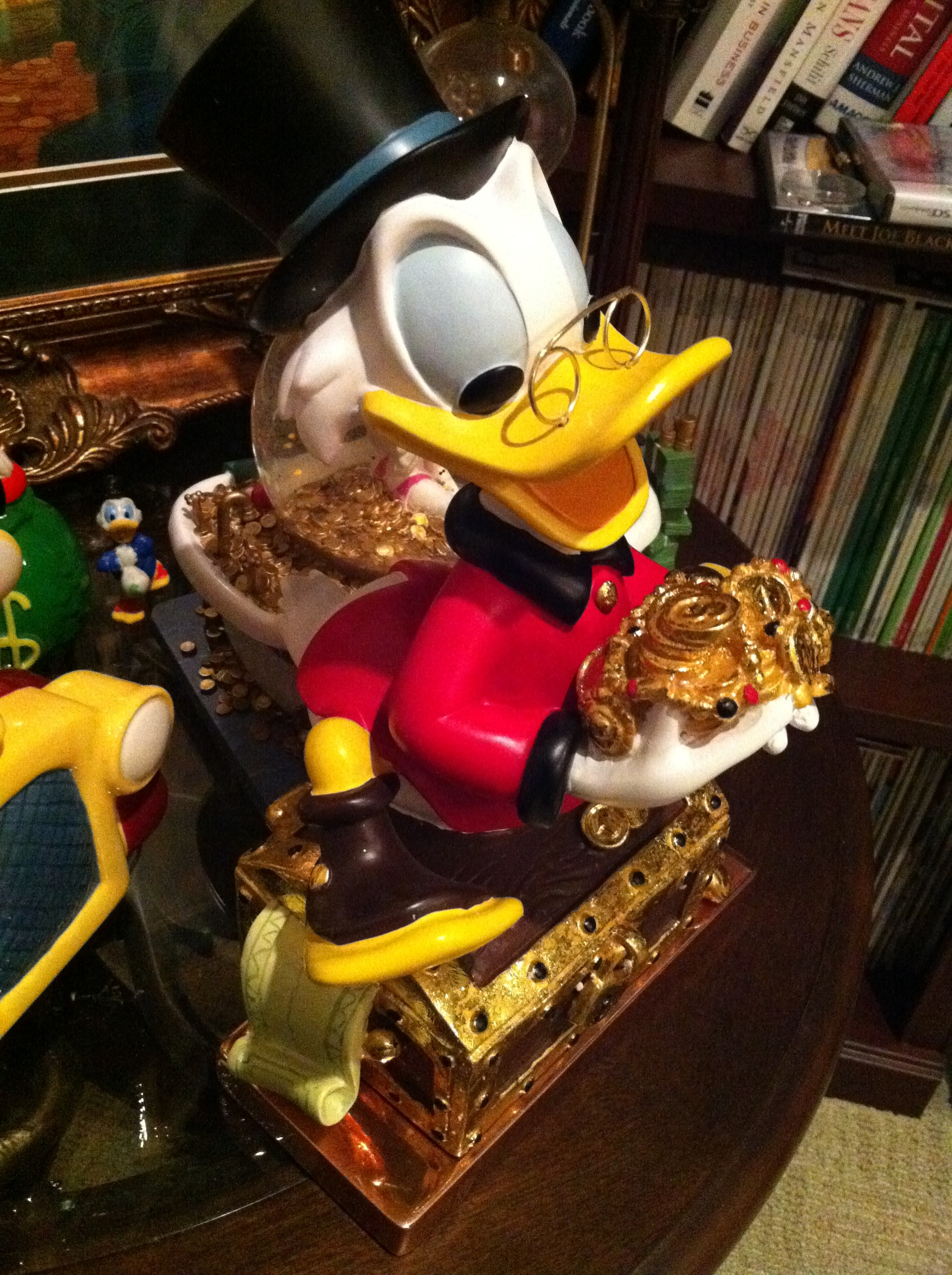 Sideview of Scrooge McDuck Figuring for the Office Collectibles Collection