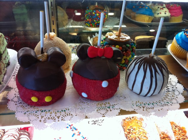 Mickey Mouse and Minnie  Mouse Candy and Chocolate Apples