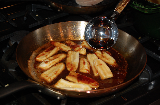 Jamaican Rum and Caramel Cooking Banana Slices