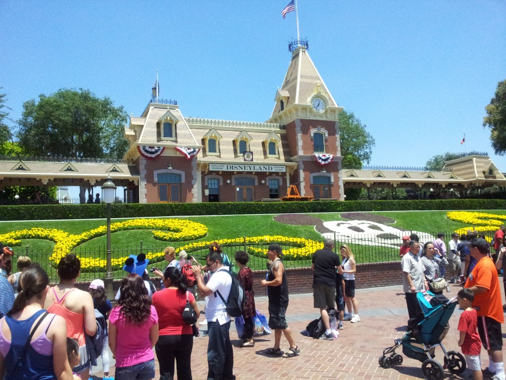 Disneyland California Entrance