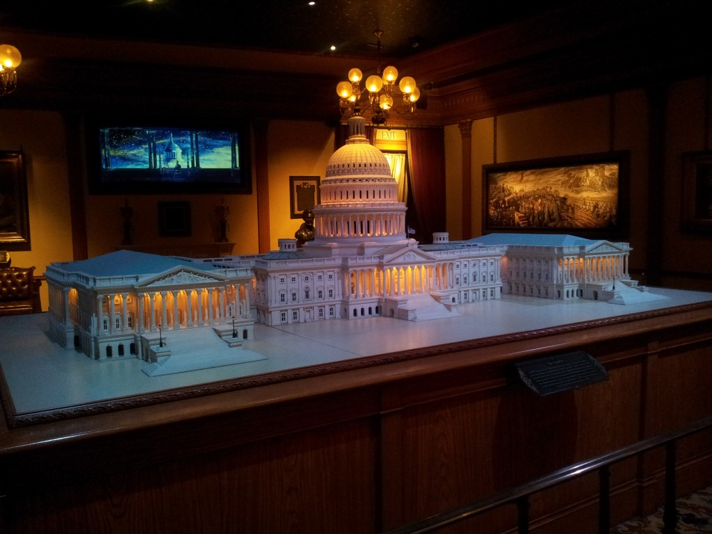 Disneyland Miniature Scale Replica of Congress Building