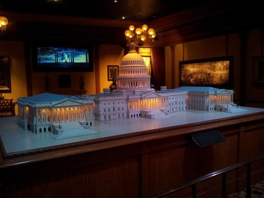 Disneyland Miniature Scale Replica of Congress Building