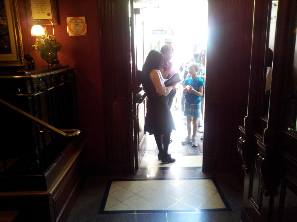 Leaving Club 33 and Going Back into the Disneyland Park