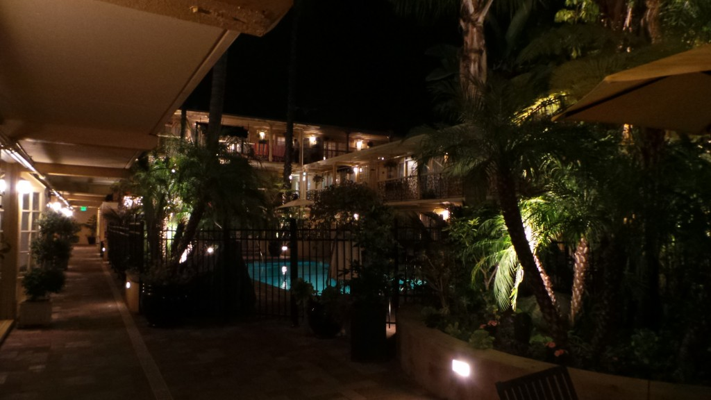 Holiday Inn Laguna Beach at Night Courtyard