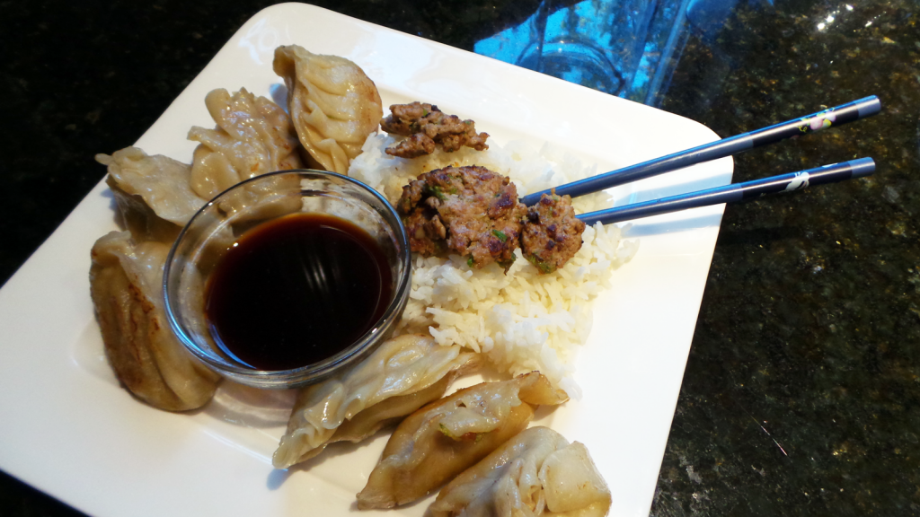 Japanese Gyoza with Spicy Sauce