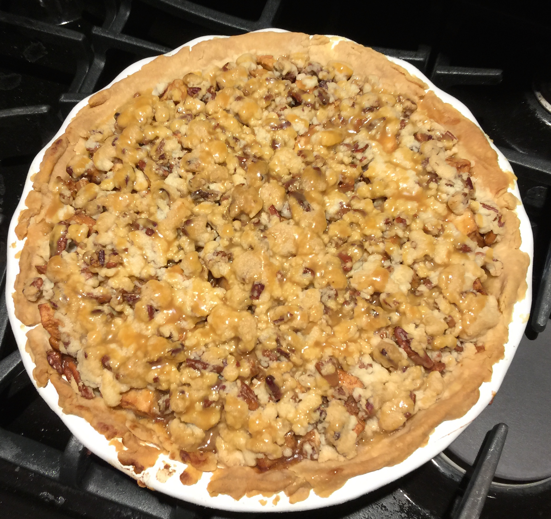 Caramel Pecan Apple Pie Whole