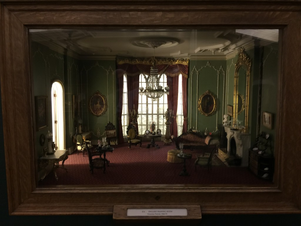 Thorne Miniature Chicago Institute of Art English Drawing Room Victoria Period 1840-1870