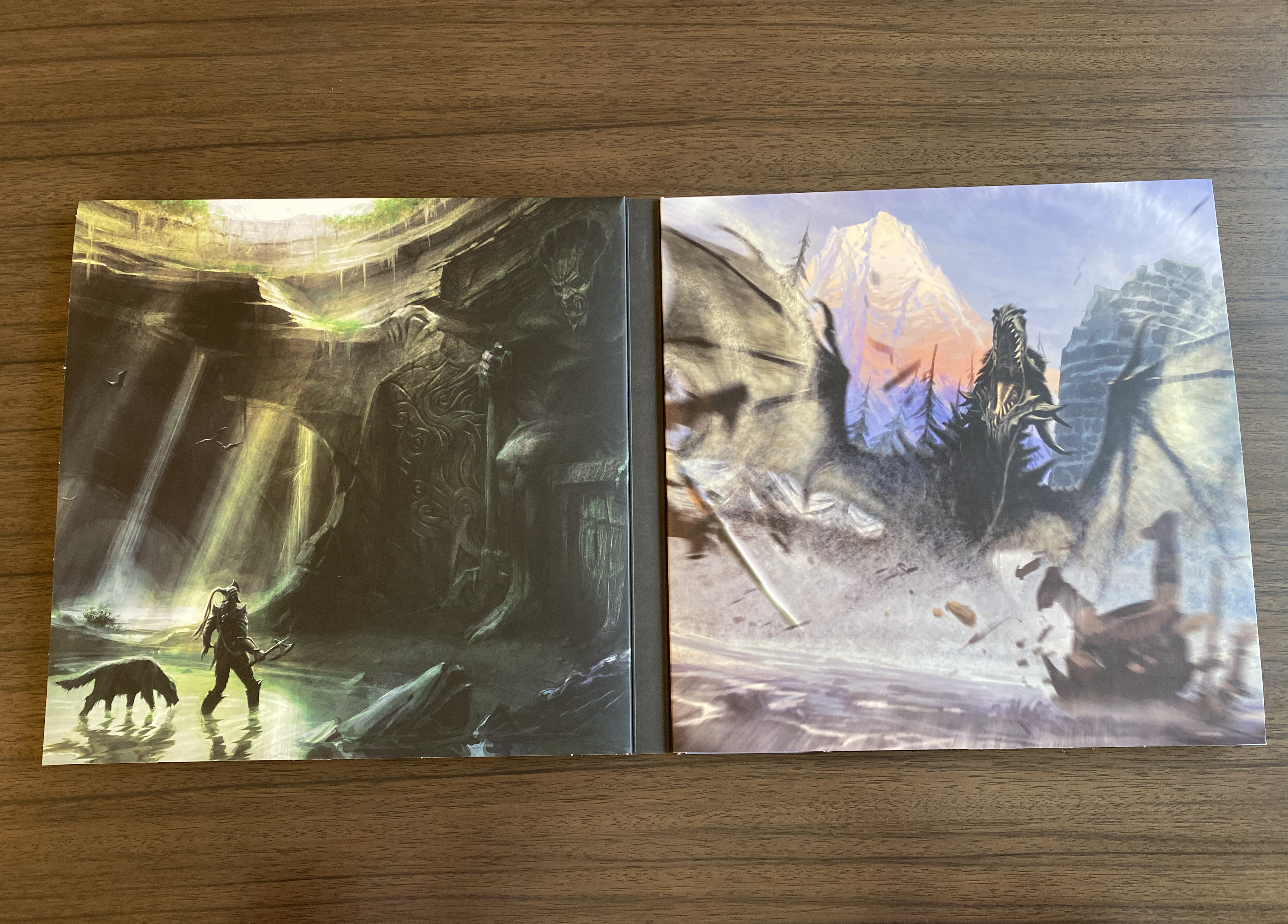 Kennon-Green Elder Scrolls V Skyrim Ultimate Edition Vinyl Box Set Sweet Roll Comic Con Limited LP - Inside 3 and 4