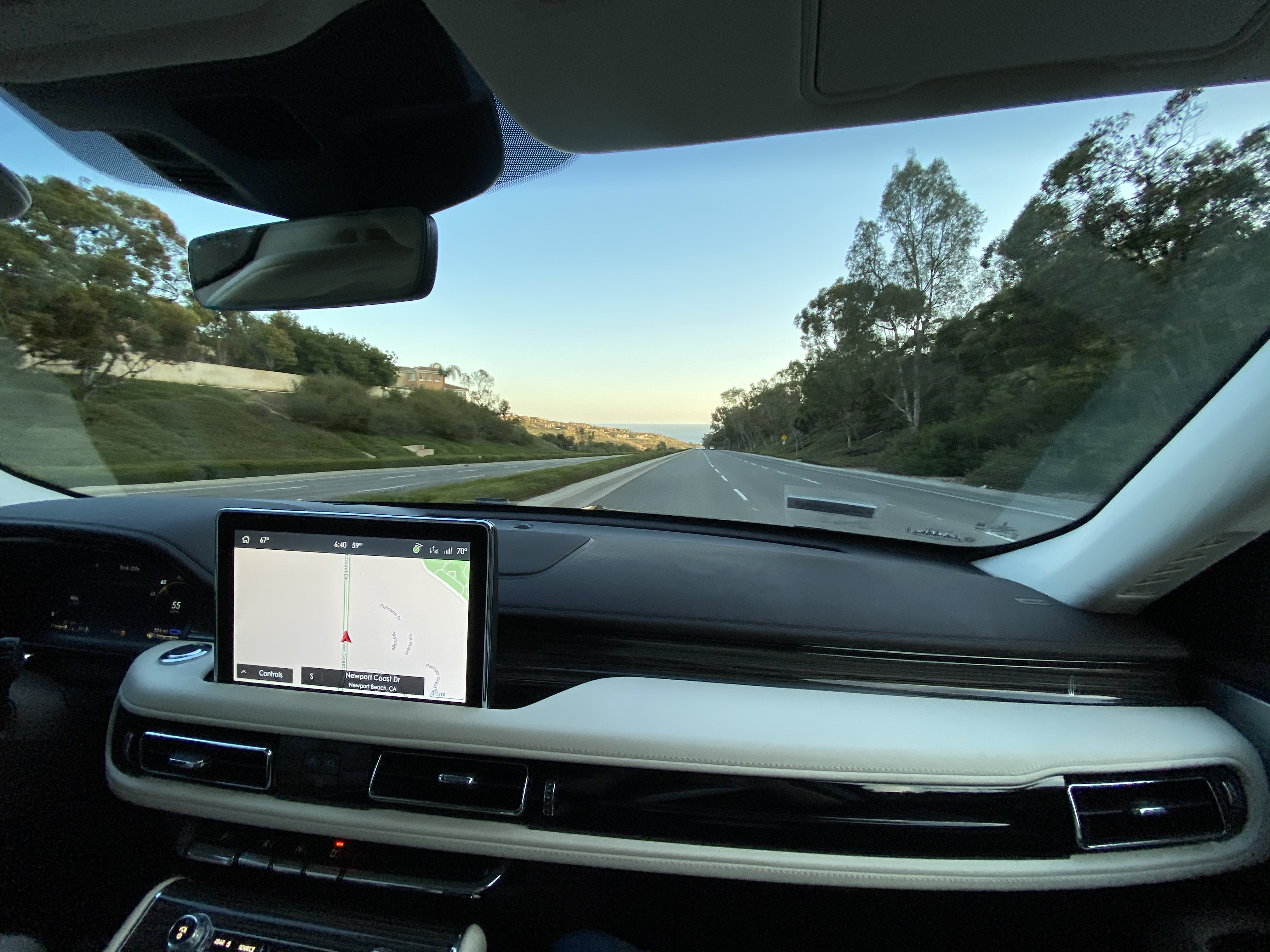 Driving Down to Pacific Coast Highway from Newport Coast in Lincoln Aviator Black Label Grand Touring SUV